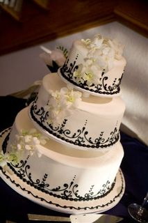 Hand Piped Wedding Cake Das Meyer